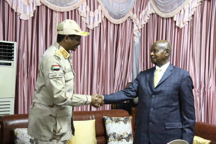 Daglo Meets with President Museveni in Juba