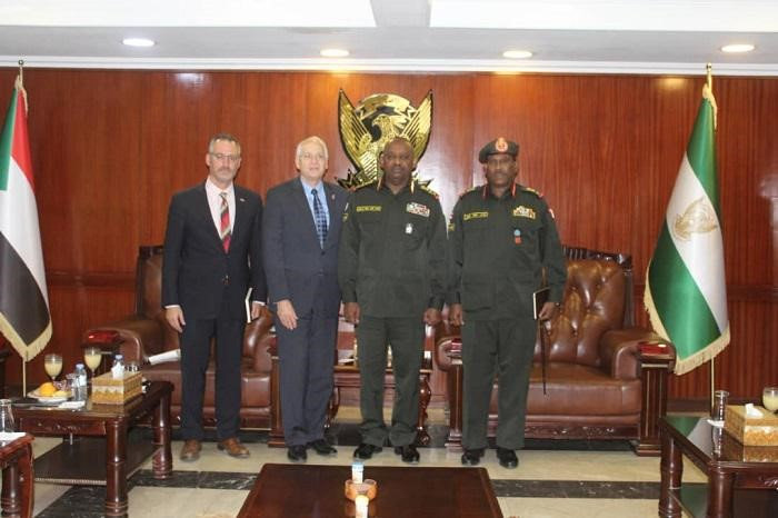 Minister of Defence Receives American Envoy