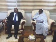 Foreign Minister Receives Comoros Foreign Minister